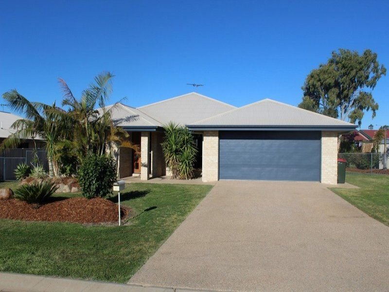 4 Mooney Crescent, Emerald QLD 4720, Image 0