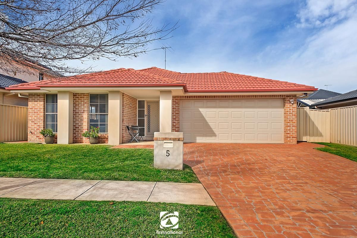 5 Cape Banks Drive, Harrington Park NSW 2567, Image 0