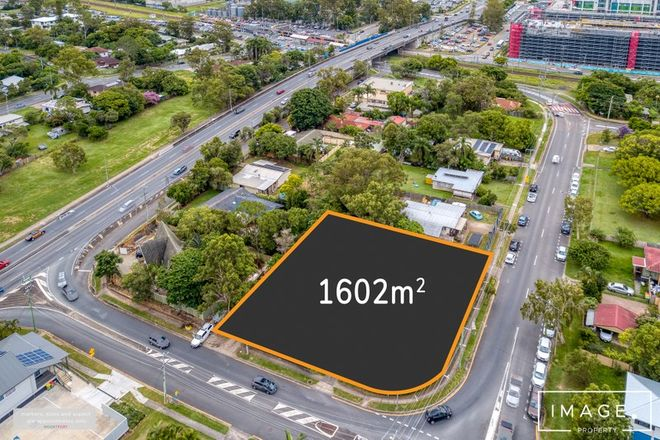 Picture of 4 & 6 Kraatz Avenue, LOGANLEA QLD 4131