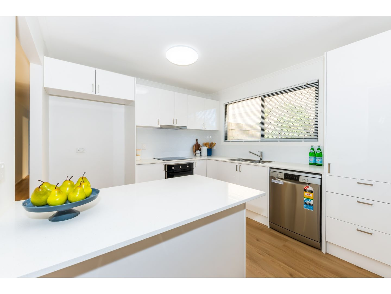 8 Bateman Street, Strathpine QLD 4500, Image 1