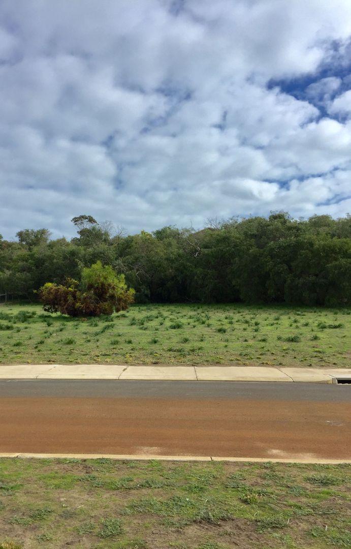 53 Hayfield Drive, Peppermint Grove Beach WA 6271, Image 2