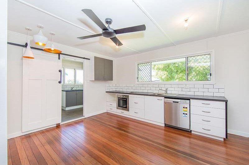 11 Pelleas Street, Bracken Ridge QLD 4017, Image 2