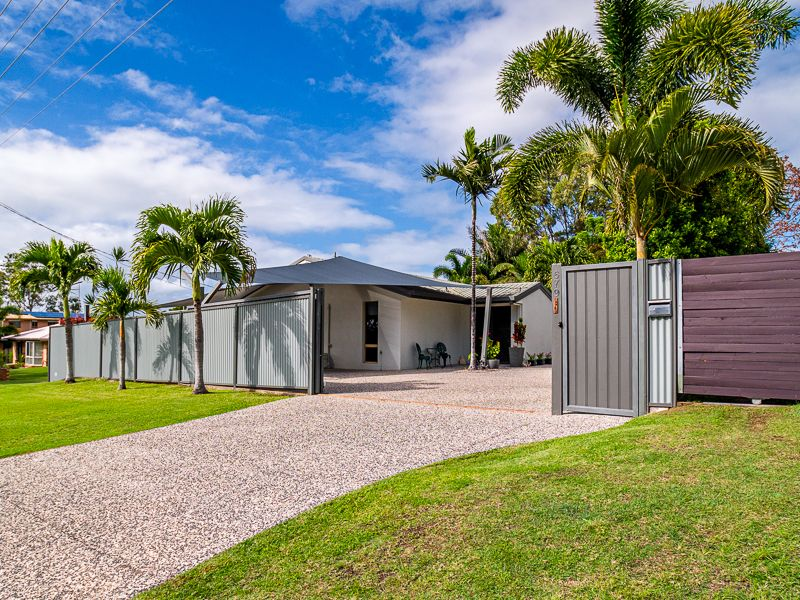 679 Boat Harbour Drive, Urangan QLD 4655, Image 0