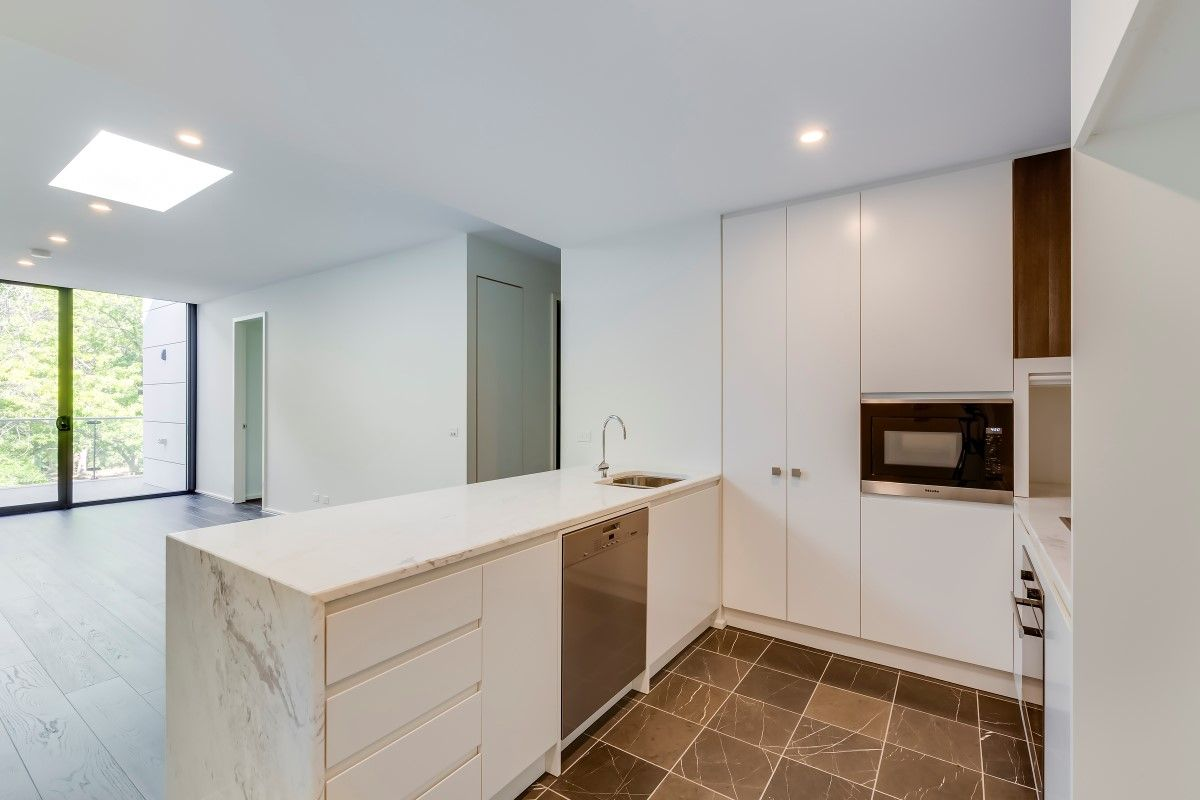 108/18 Austin Street, Griffith ACT 2603, Image 2