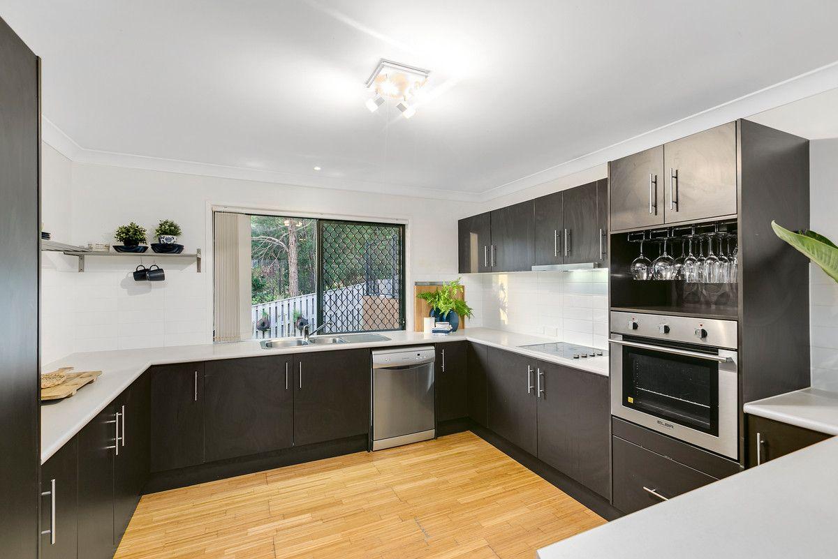 43 Yamba Street, Pacific Pines QLD 4211, Image 2