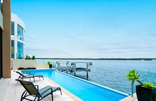 Picture of 57 The Peninsula, Sovereign Islands QLD 4216