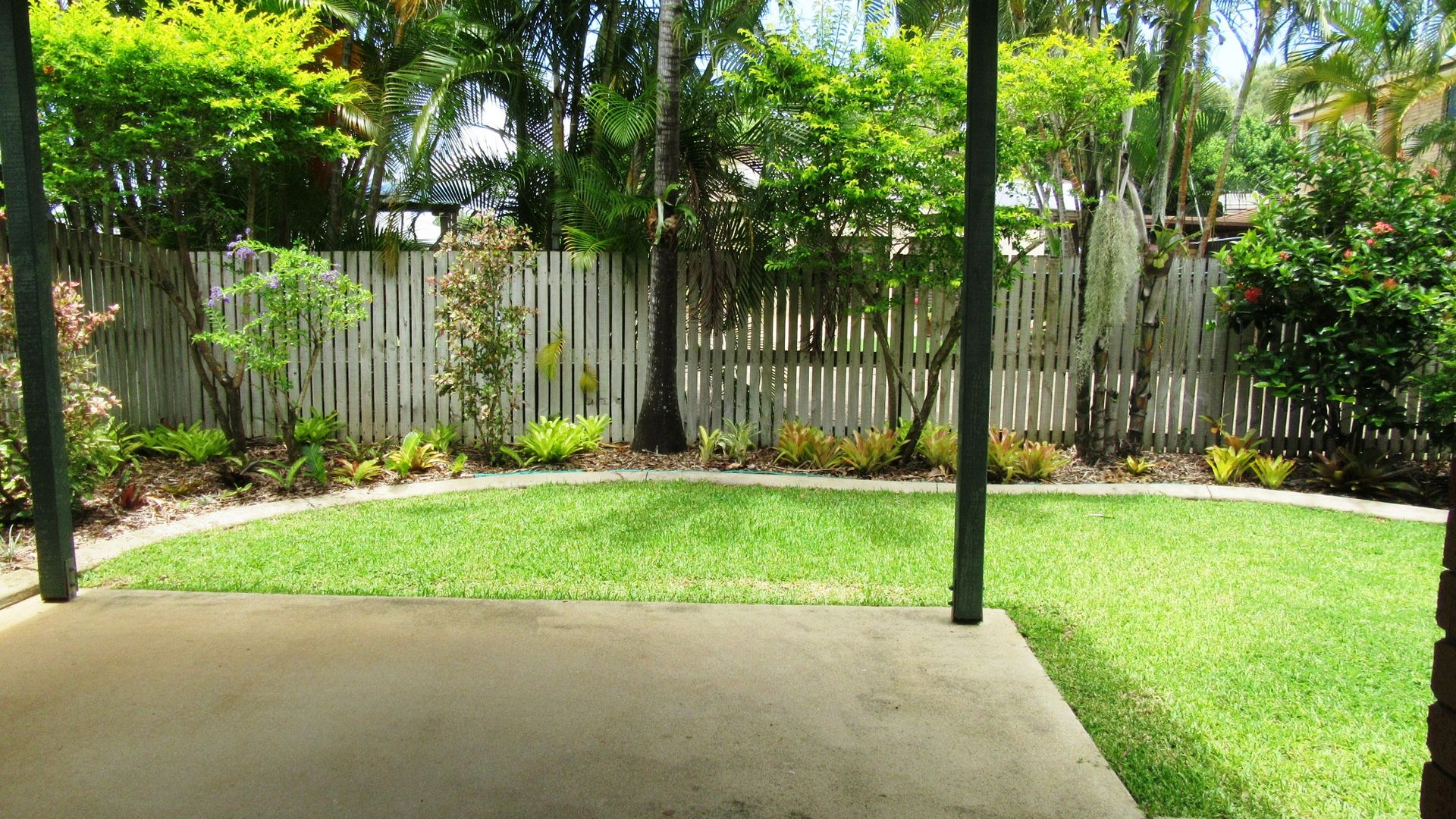 2/18 Sutton Court, Andergrove QLD 4740, Image 1