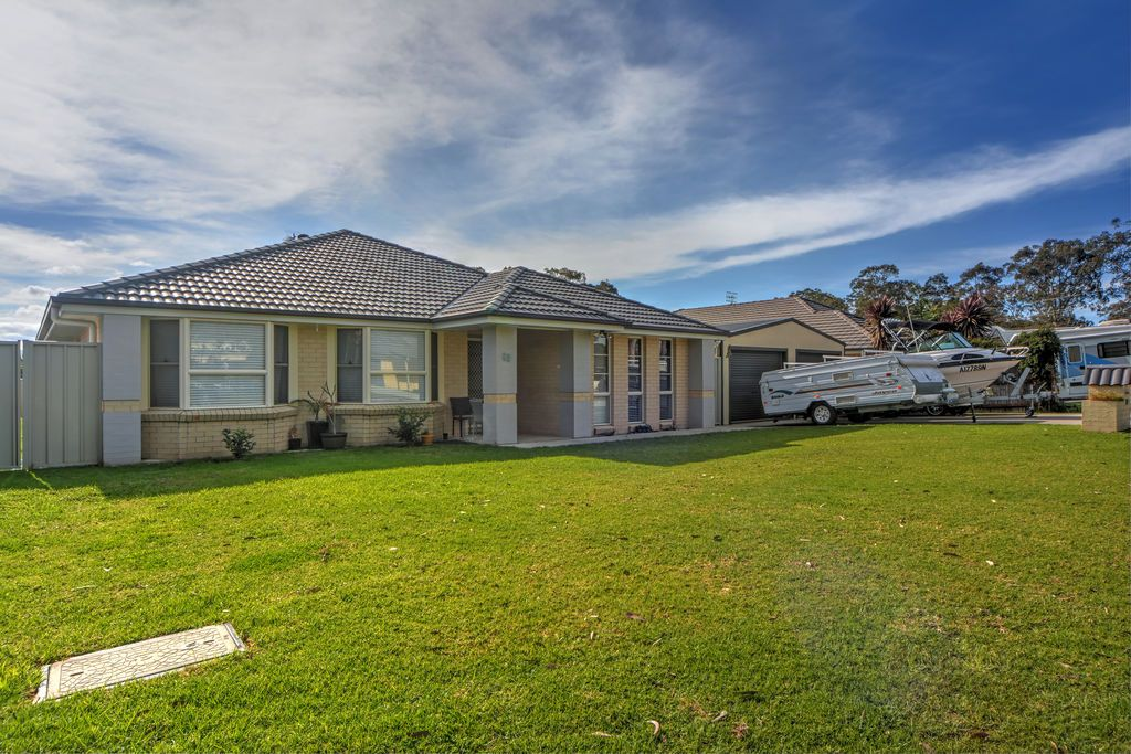 12 Coral Sea Drive, West Nowra NSW 2541, Image 0