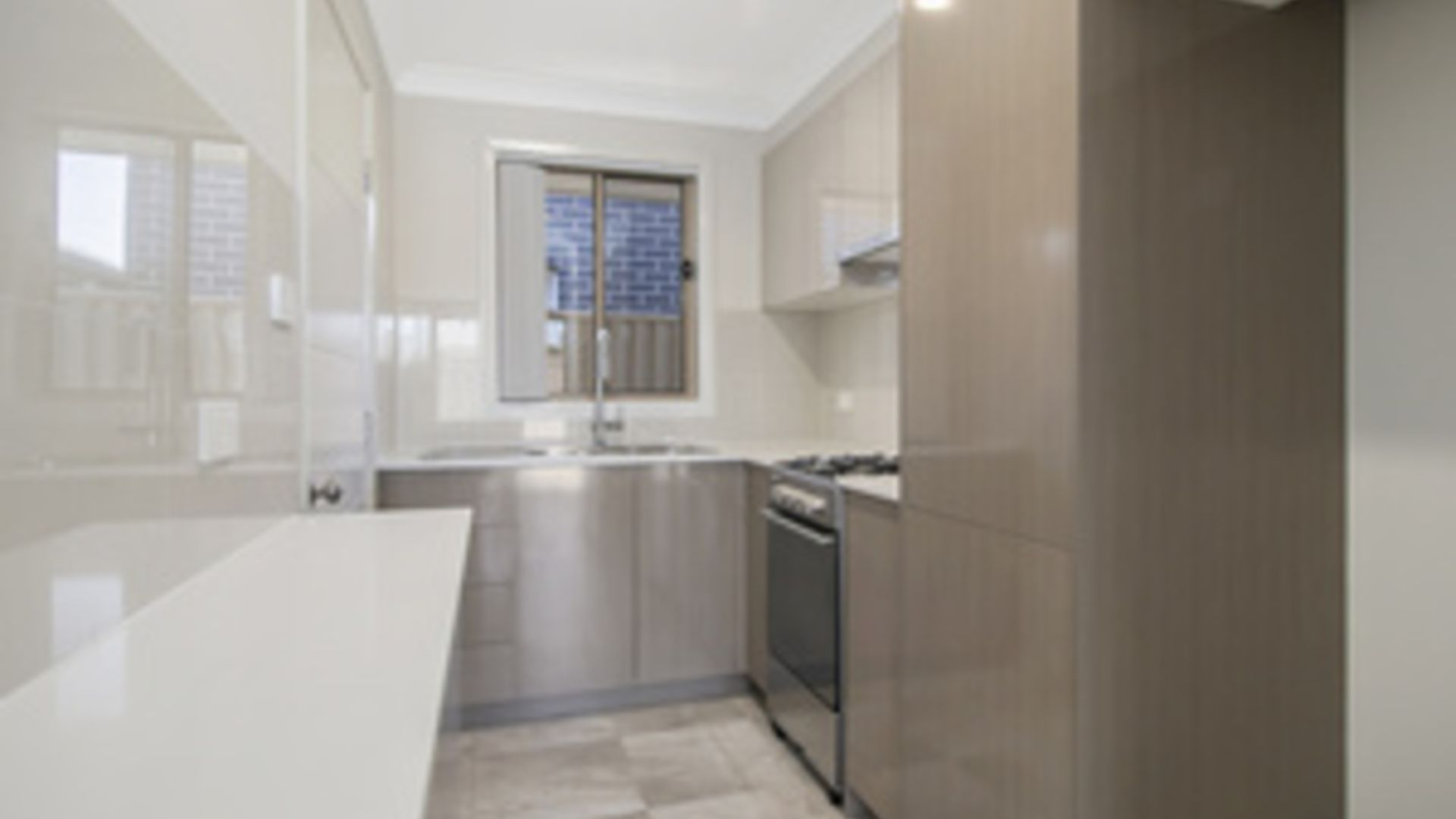19A BRAVO AVENUE, Middleton Grange NSW 2171, Image 2