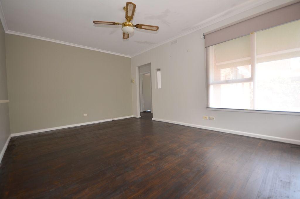 813 Tress Street, Mount Pleasant VIC 3350, Image 2