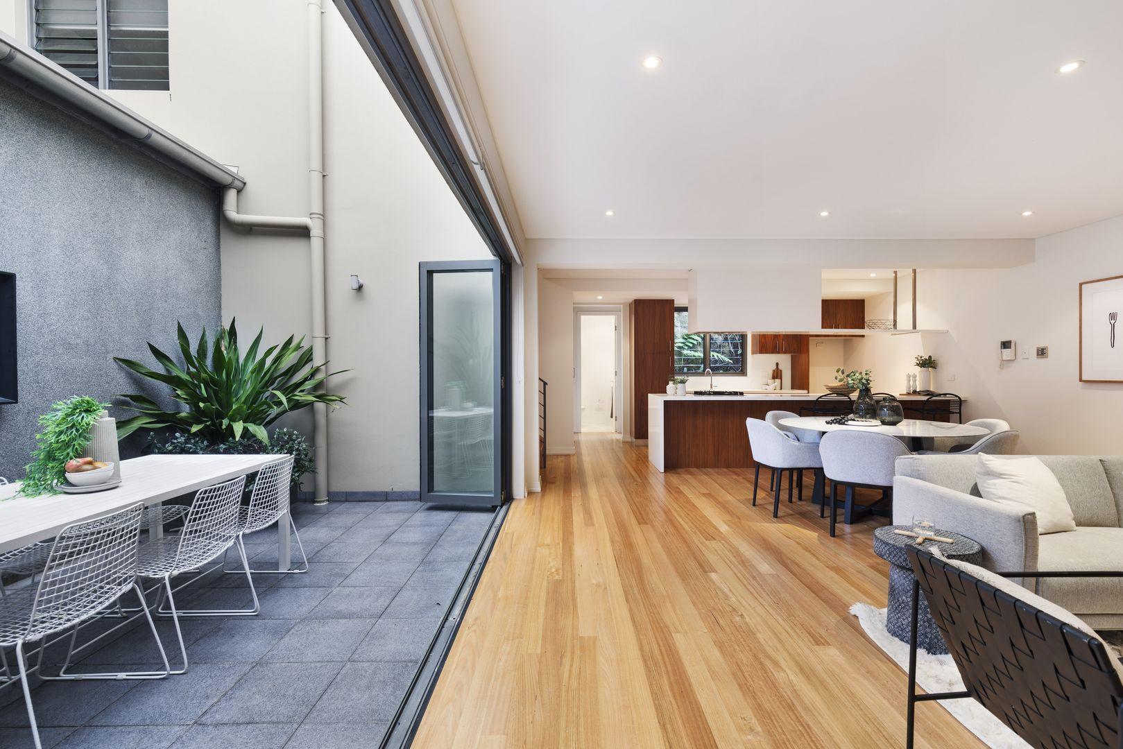 82 Palmer Street, Balmain NSW 2041, Image 2