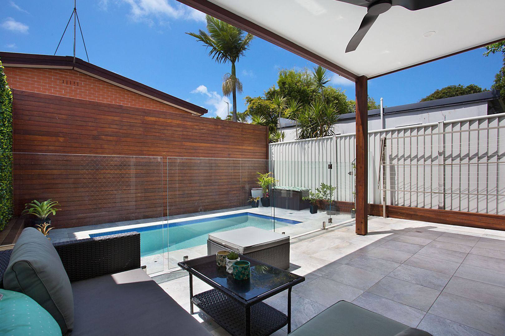 Unit/61 Dolphin Avenue, Mermaid Beach QLD 4218, Image 2
