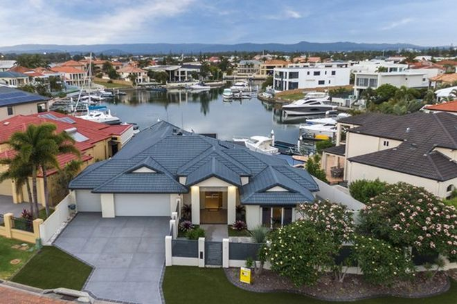 Picture of 28 King Arthurs Court, SOVEREIGN ISLANDS QLD 4216