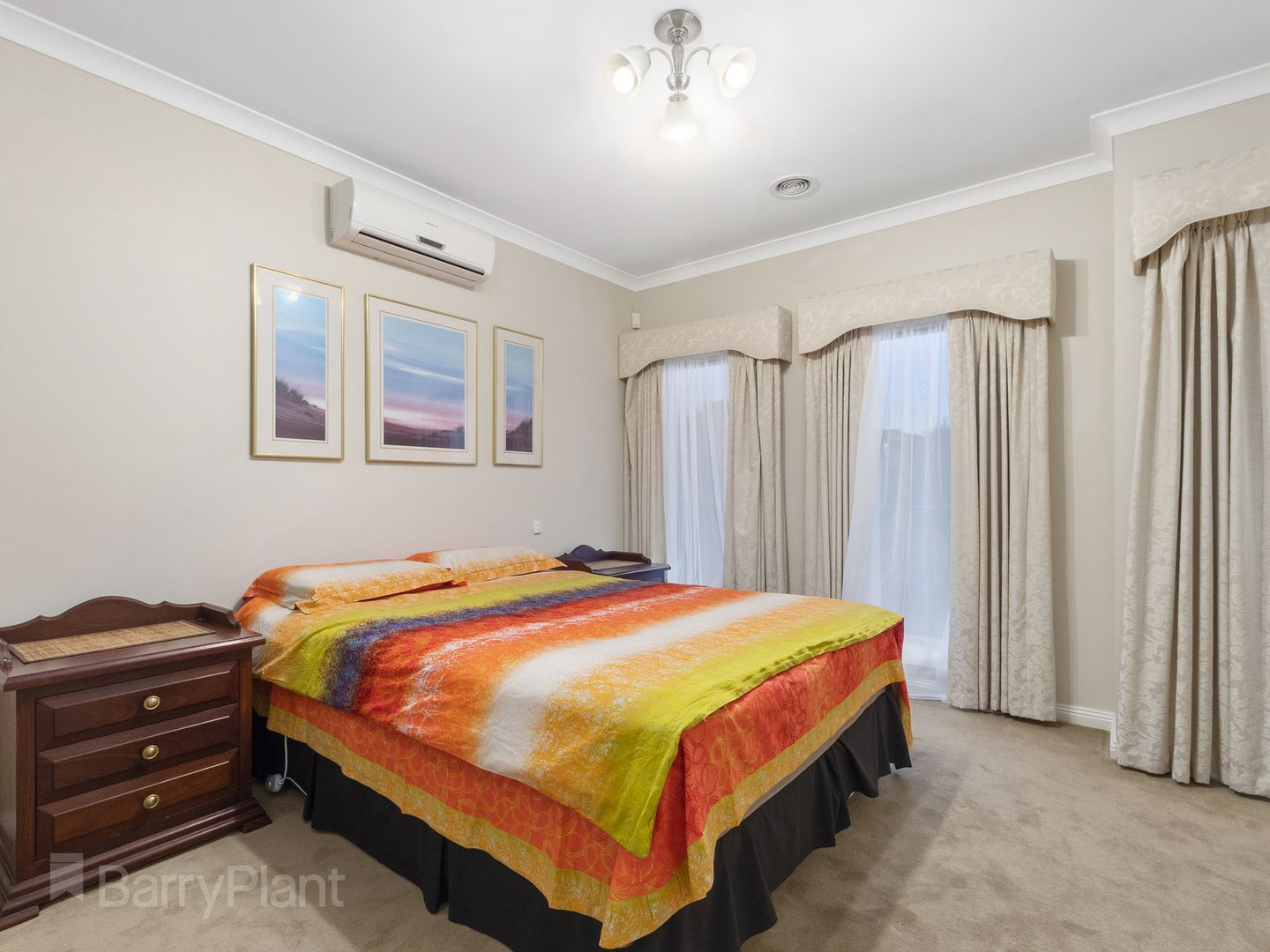 7 Riviera  Walk, Point Cook VIC 3030, Image 2