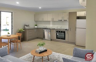 Picture of 1&2/7 Kevin Mulroney Dr, Flinders View QLD 4305