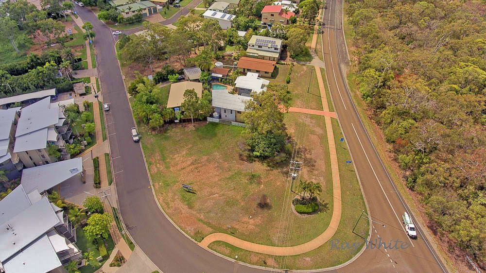 8 Agnes Street, Agnes Water QLD 4677, Image 2