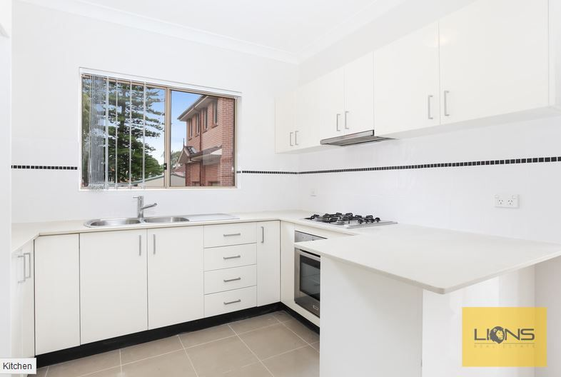 8/3 Highland Avenue, Bankstown NSW 2200, Image 1