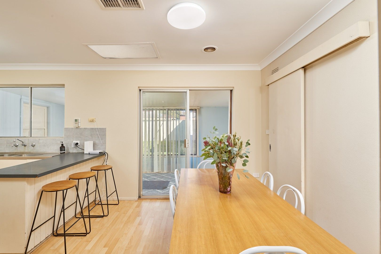 2 Marloo Crescent, Kooringal NSW 2650, Image 1