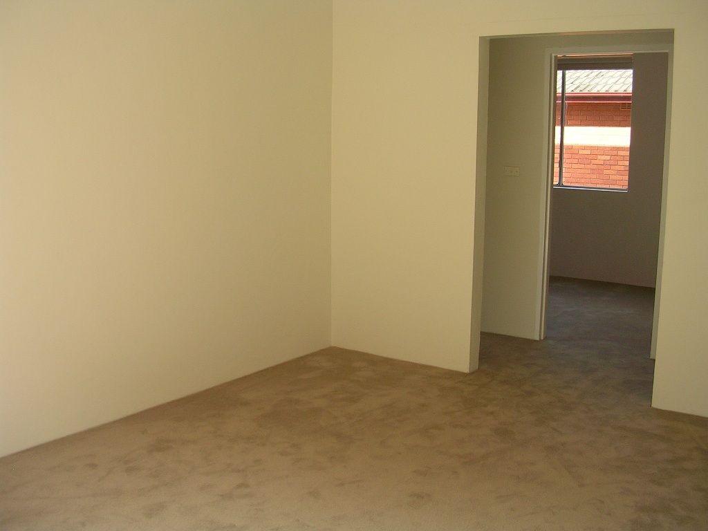 9/3 Seventh Avenue, Campsie NSW 2194, Image 2