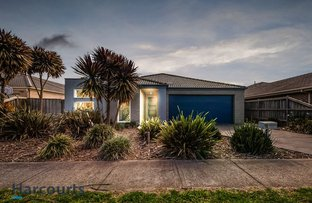 Picture of 20 Westmoreland Avenue, Cranbourne North VIC 3977