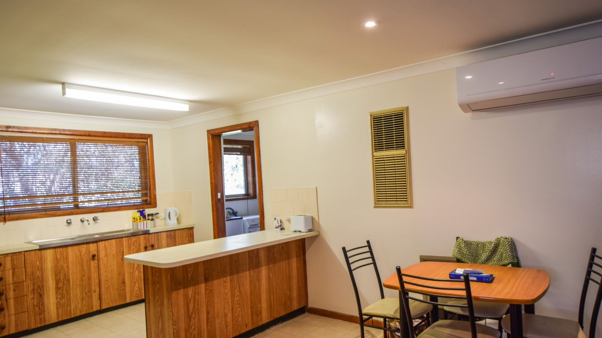 4/57 Brock St, Young NSW 2594, Image 1