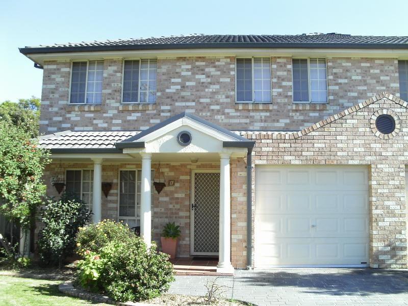 1/1 Lions Avenue, Lurnea NSW 2170, Image 0