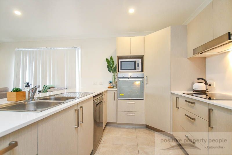 29 Apple Crescent, Caloundra West QLD 4551, Image 2