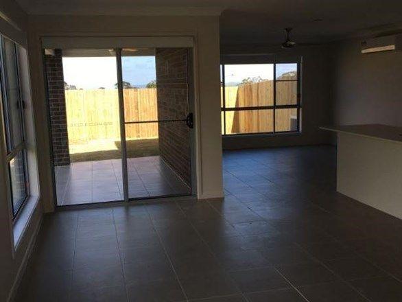 2/170 Handley Street, Darling Heights QLD 4350, Image 2