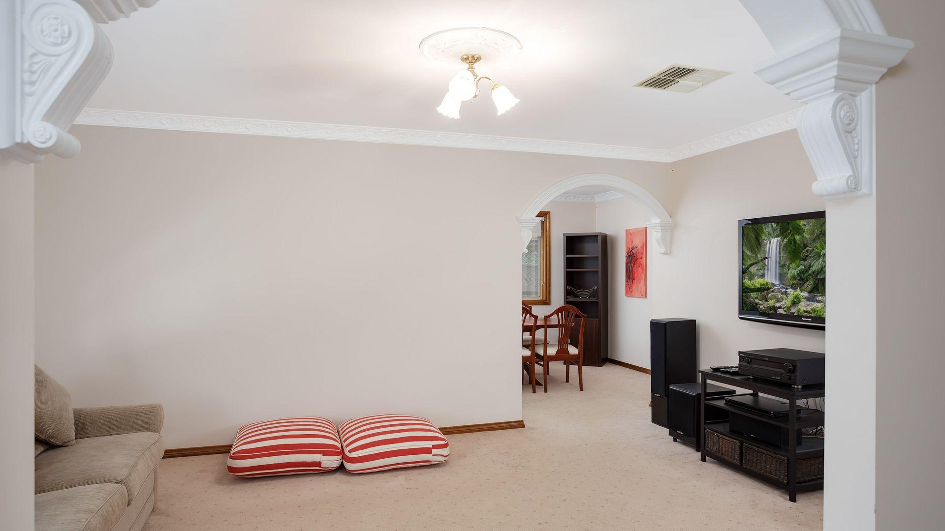2/3 Melville Place, Tatton NSW 2650, Image 1