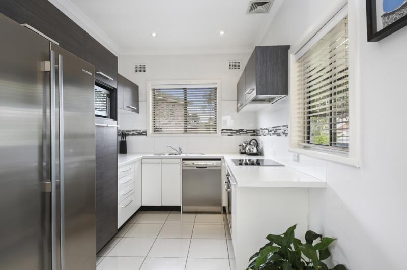 22 Atkinson Avenue, Padstow NSW 2211, Image 1