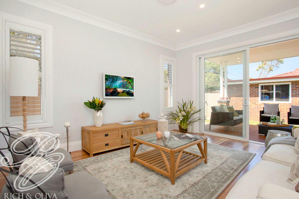 11 Tangarra Street, Croydon Park NSW 2133, Image 2
