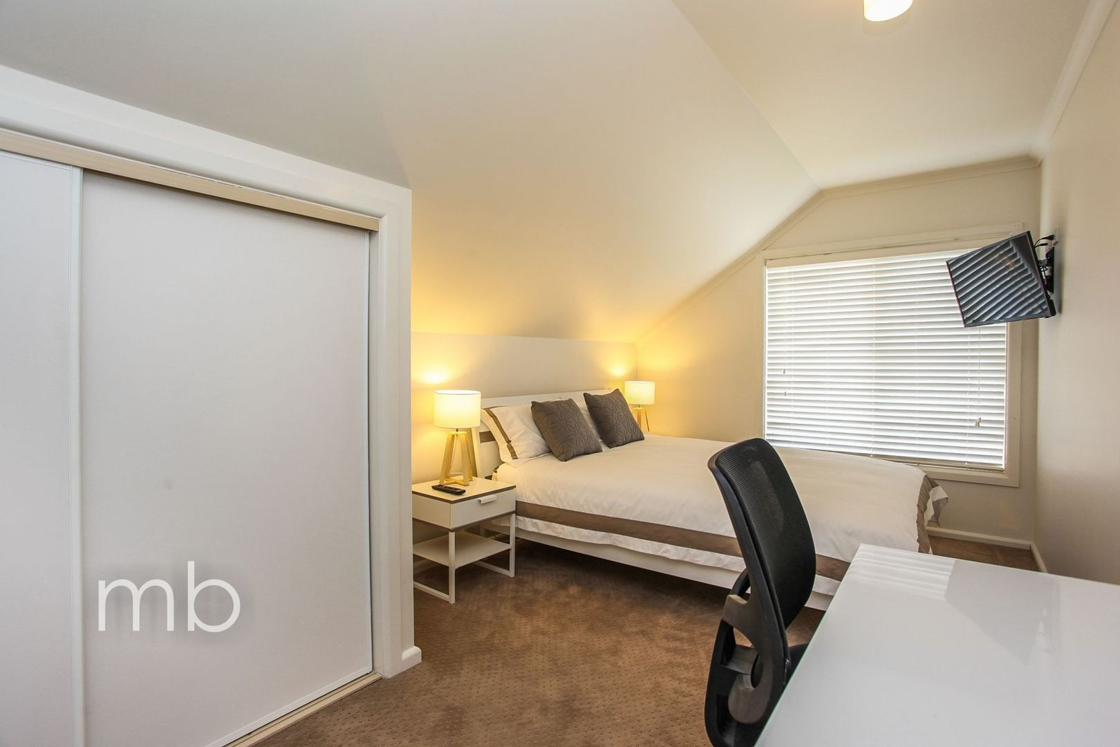 Room 4, 9 Wakeford Street, Orange NSW 2800, Image 0
