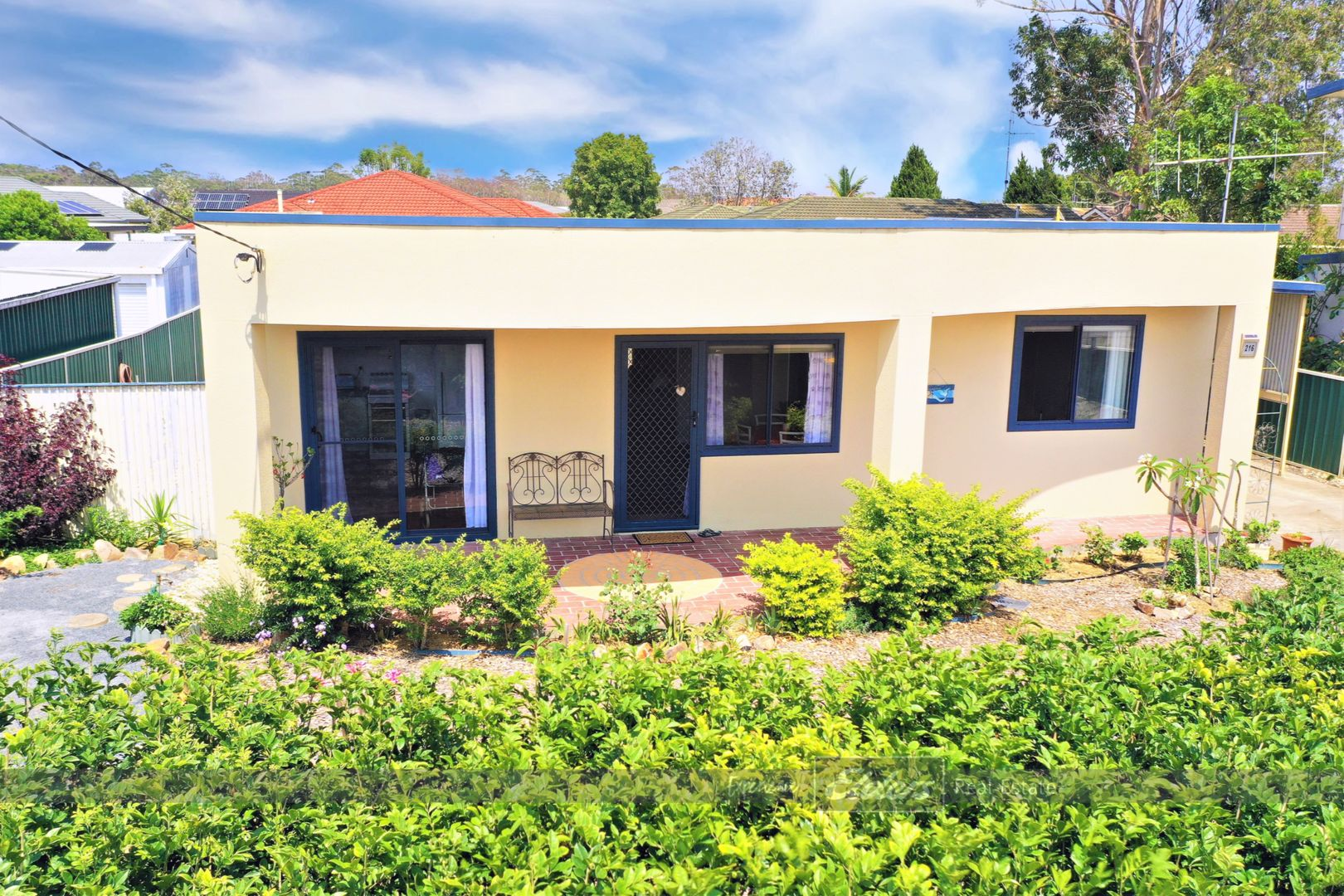 216 The Lakes Way, Tuncurry NSW 2428, Image 0