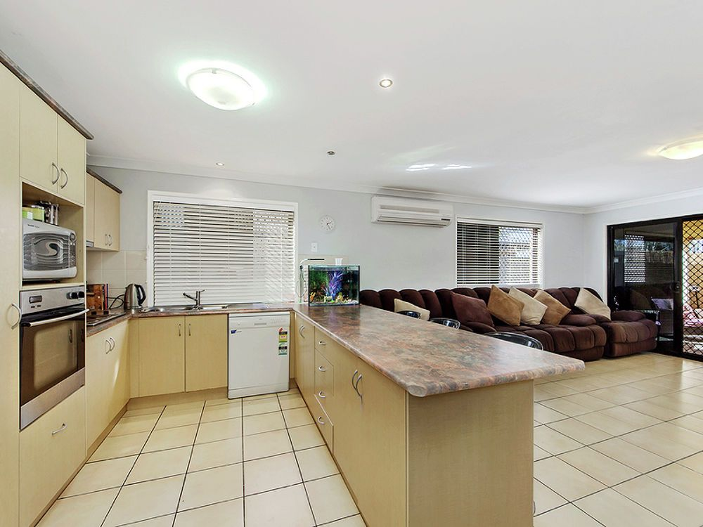 18 Rachele Close, Forest Lake QLD 4078, Image 1