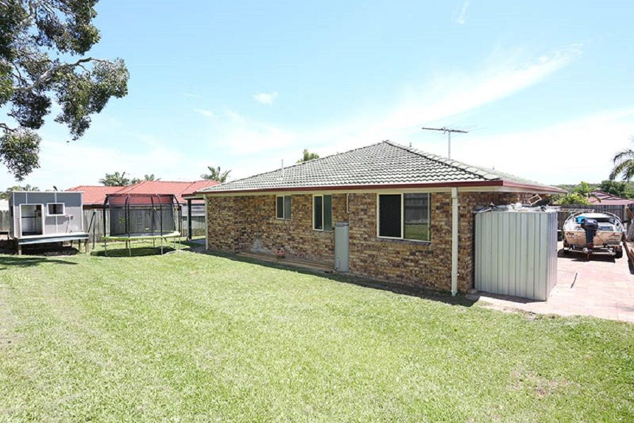 159 Bestmann Road East, Sandstone Point QLD 4511, Image 2