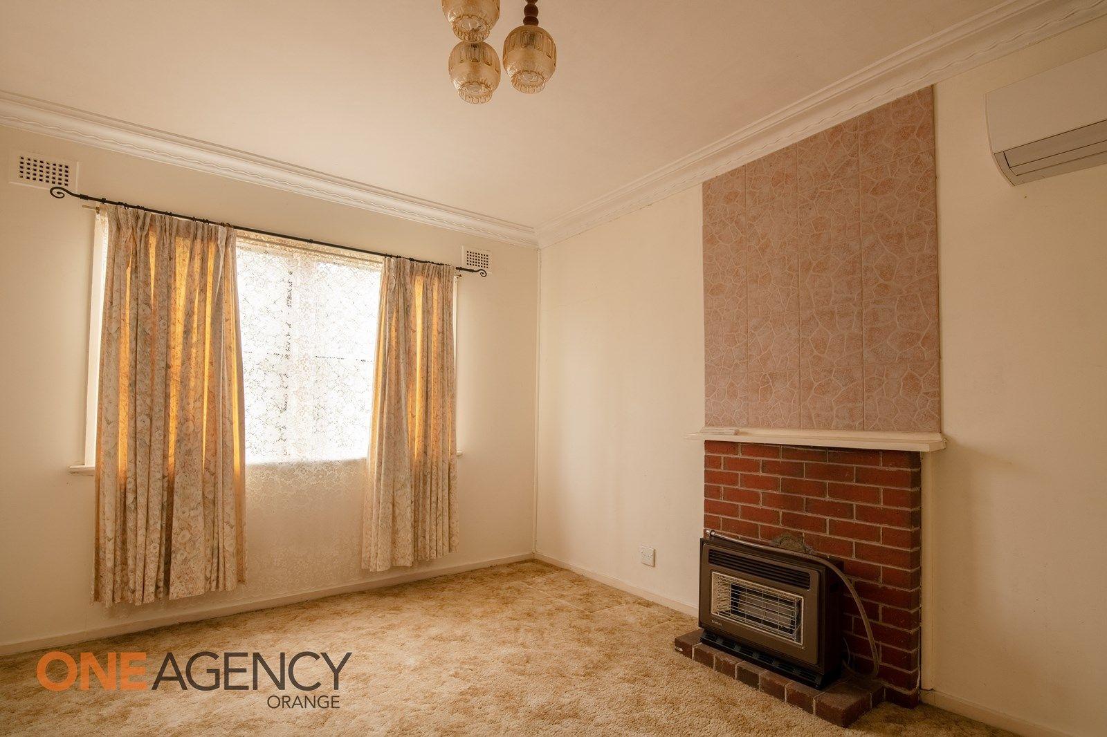88 Gardiner  Road, Orange NSW 2800, Image 2