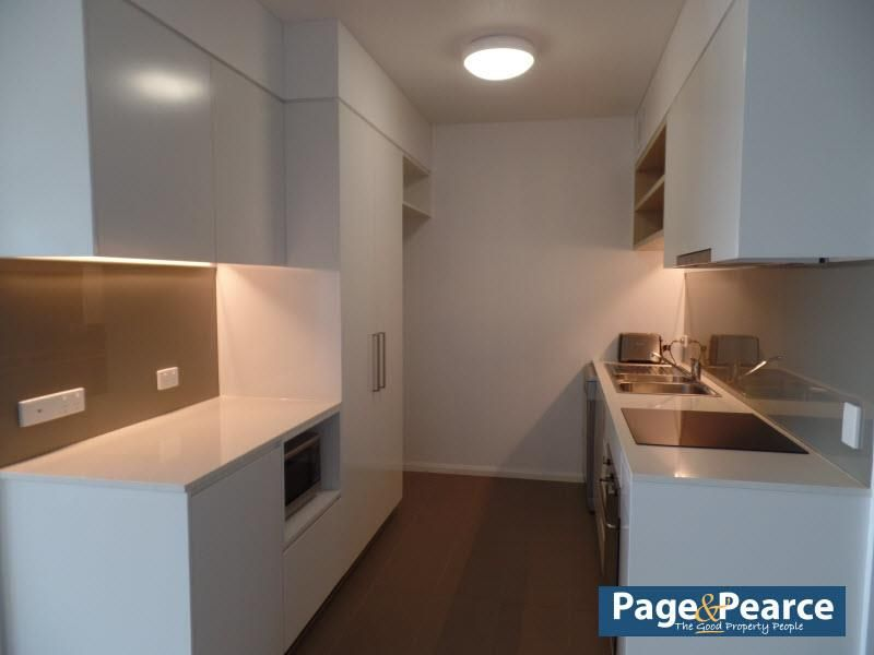 305/68 MCILWRAITH STREET, South Townsville QLD 4810, Image 2