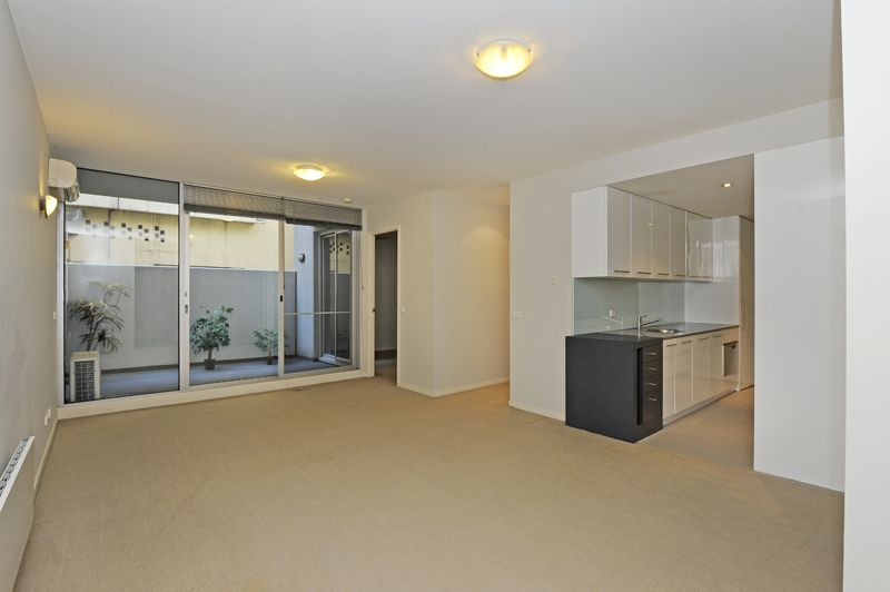 4/100 Queensberry Street, Carlton VIC 3053, Image 0