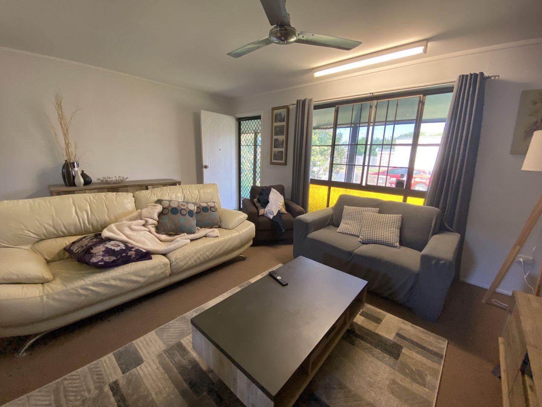 2/28 Harney Street, South Mackay QLD 4740, Image 2