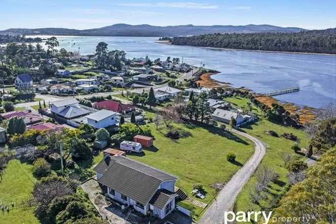 Picture of 76 Gravelly Beach Rd, BLACKWALL TAS 7275