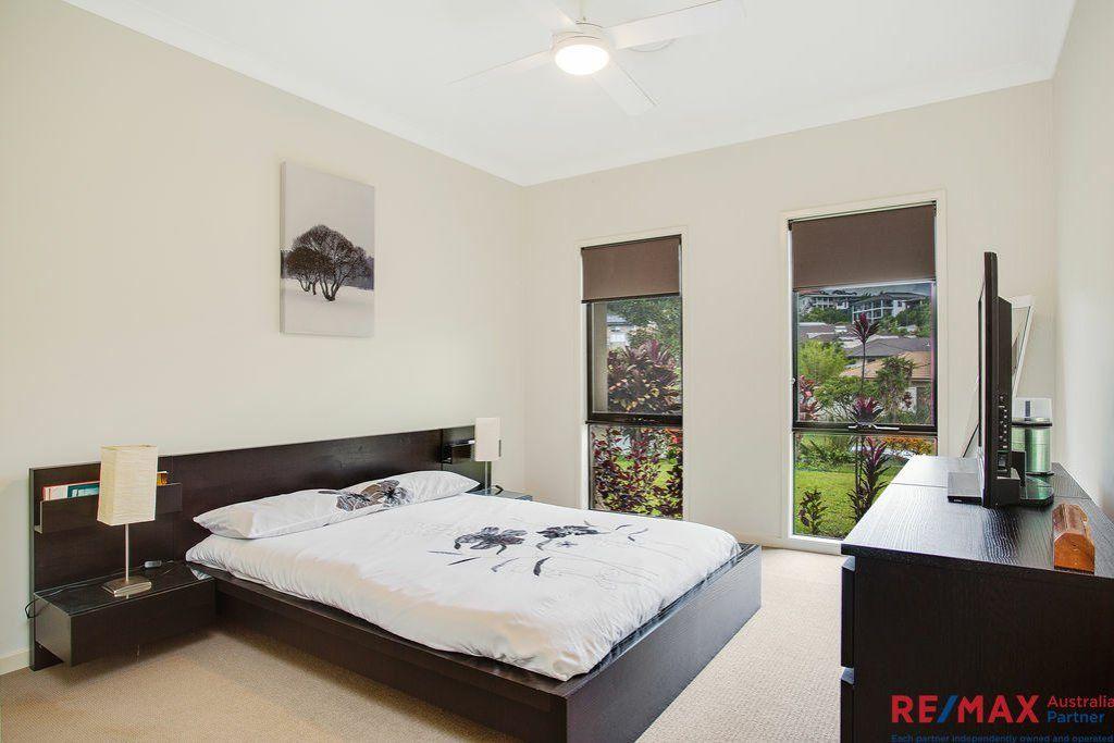 6 Rusty Plum Court, Reedy Creek QLD 4227, Image 2