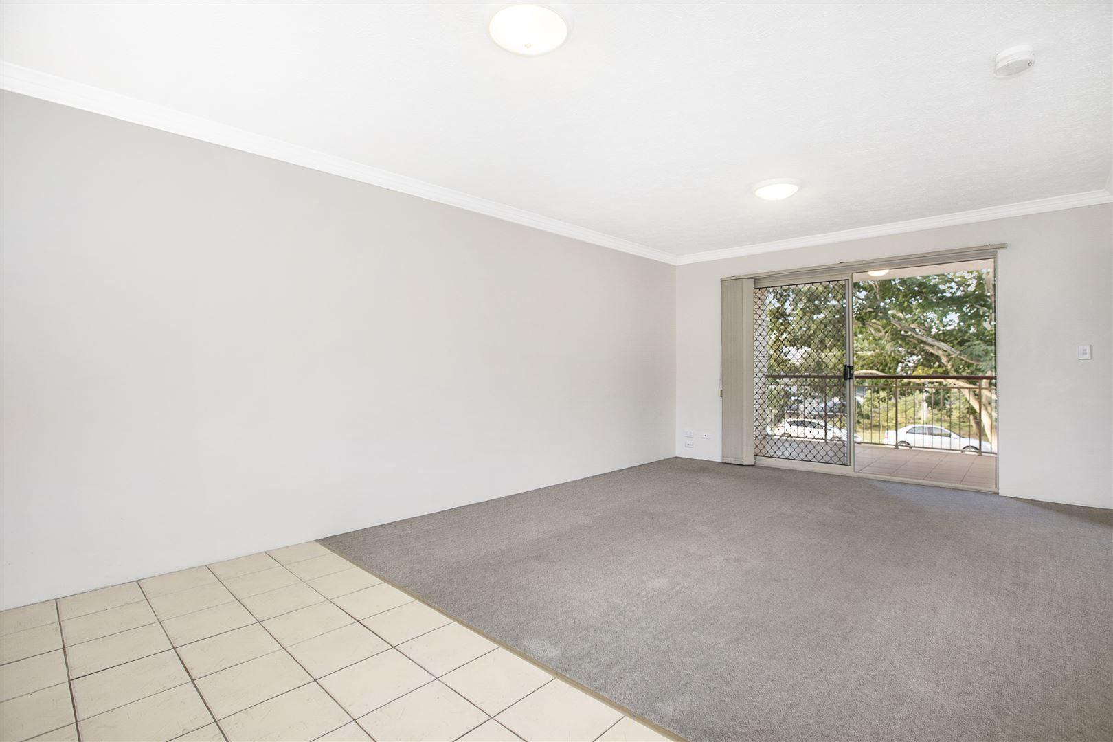 6/38 Joffre Street, Coorparoo QLD 4151, Image 2