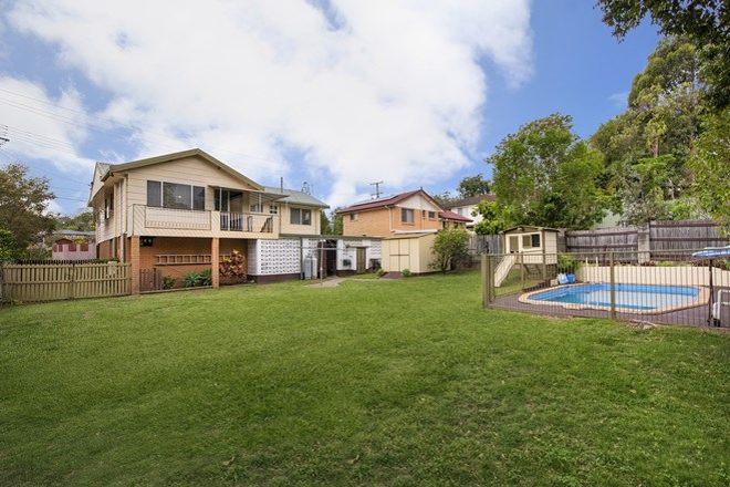 Picture of 8 Narrawong Street, ROCHEDALE SOUTH QLD 4123
