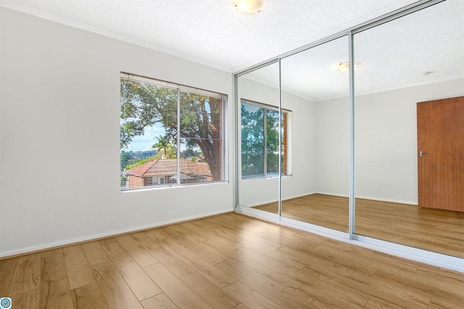 1/17 Zelang Avenue, Figtree NSW 2525, Image 2