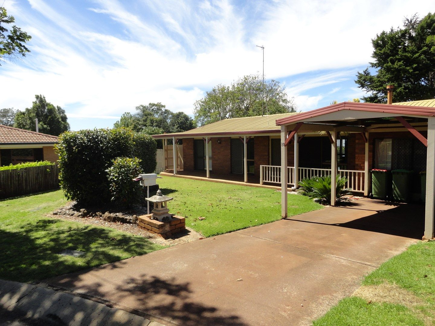 10 Lavender Court, Centenary Heights QLD 4350, Image 0
