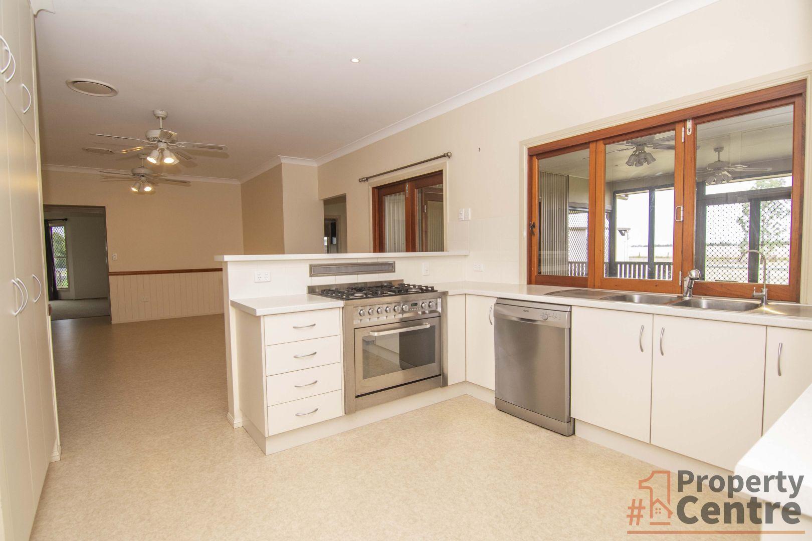 20 Diamond  Drive, Dalby QLD 4405, Image 2