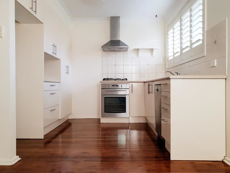 10 HALL PLACE, Minto NSW 2566, Image 2