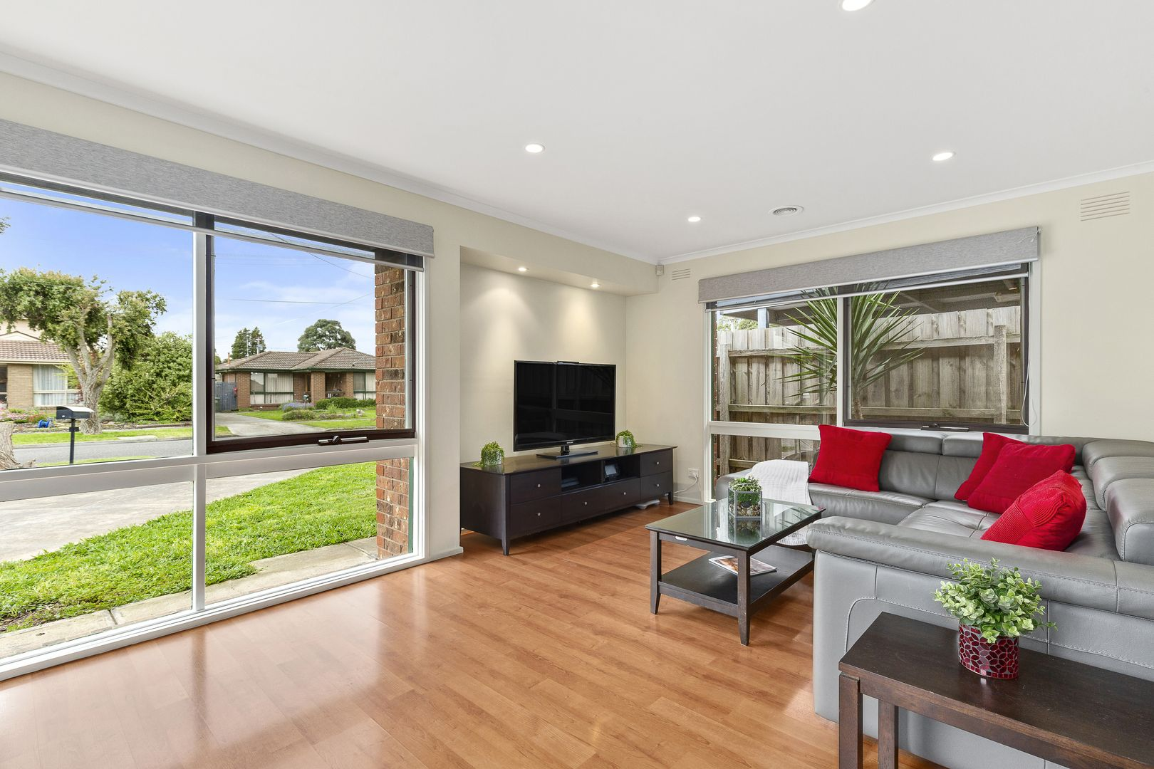 2 Greenglade Court, Epping VIC 3076, Image 1