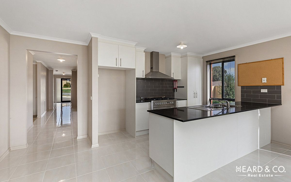 9 Terage Court, California Gully VIC 3556, Image 1