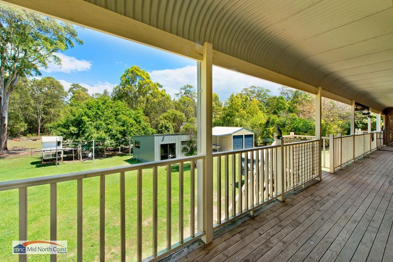 10 Springhill Place, Lake Cathie NSW 2445, Image 1